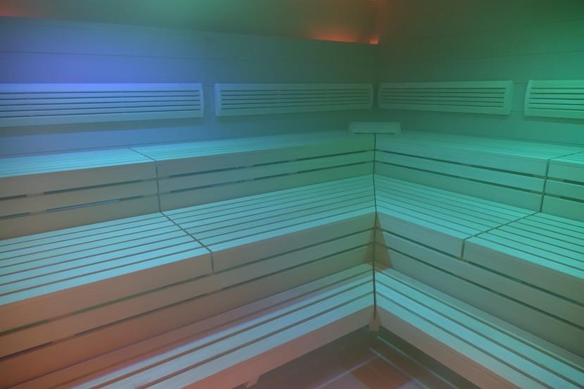 sauna-2360699_1920